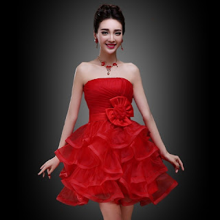 Busana Pesta Import Warna Merah