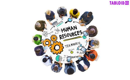 Penerapan manajemen HR  membantu perusahaan untuk memaksimalkan kualitas pelayanan dan produk seperti analisis jabatan dan desain, rekrutment dan seleksi, pelatihan dan pengembangan, manajemen kinerja dan manajemen kompensasi, serta hubungan antar karyawan.