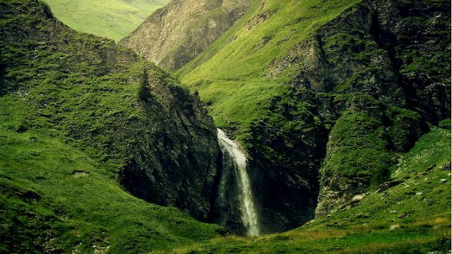 Jaga Masa Depan Bumi dengan Melindungi sumber Air