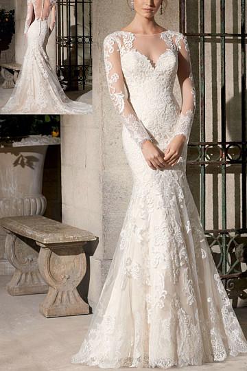 2017 Bateau court train Wedding dress