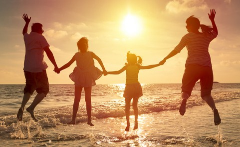 How to Plan a Fun Holiday With Family