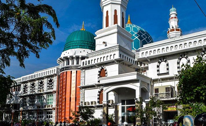 BKM Masjid Oman: Kami Akan Tetap Mempertahankan Masjid Oman