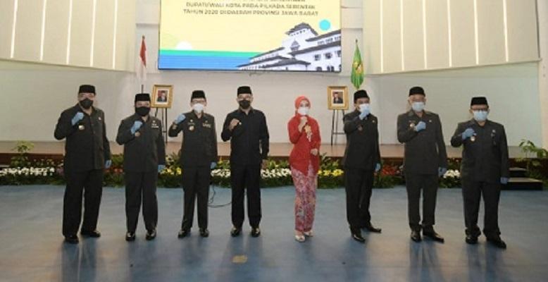 Gubernur Jabar Kukuhkan 7 Penjabat Sementara Bupati dan Wali Kota