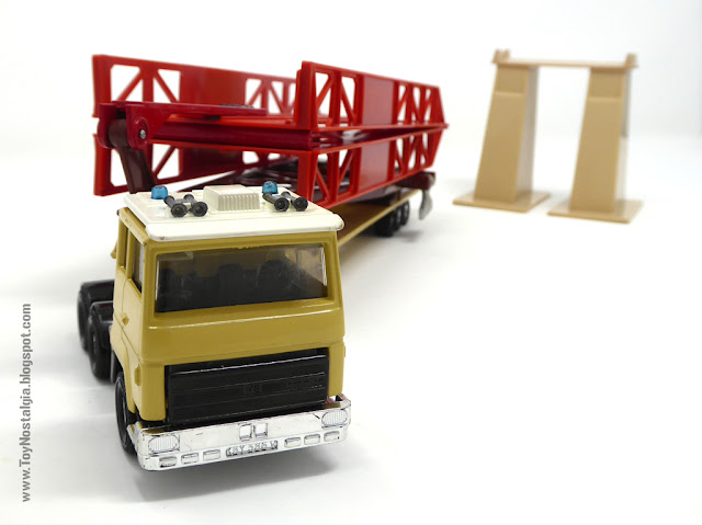 MATCHBOX - Super Kings - Construction Bridge Layer  K-44 Made in England - 1981 (Lesney England)