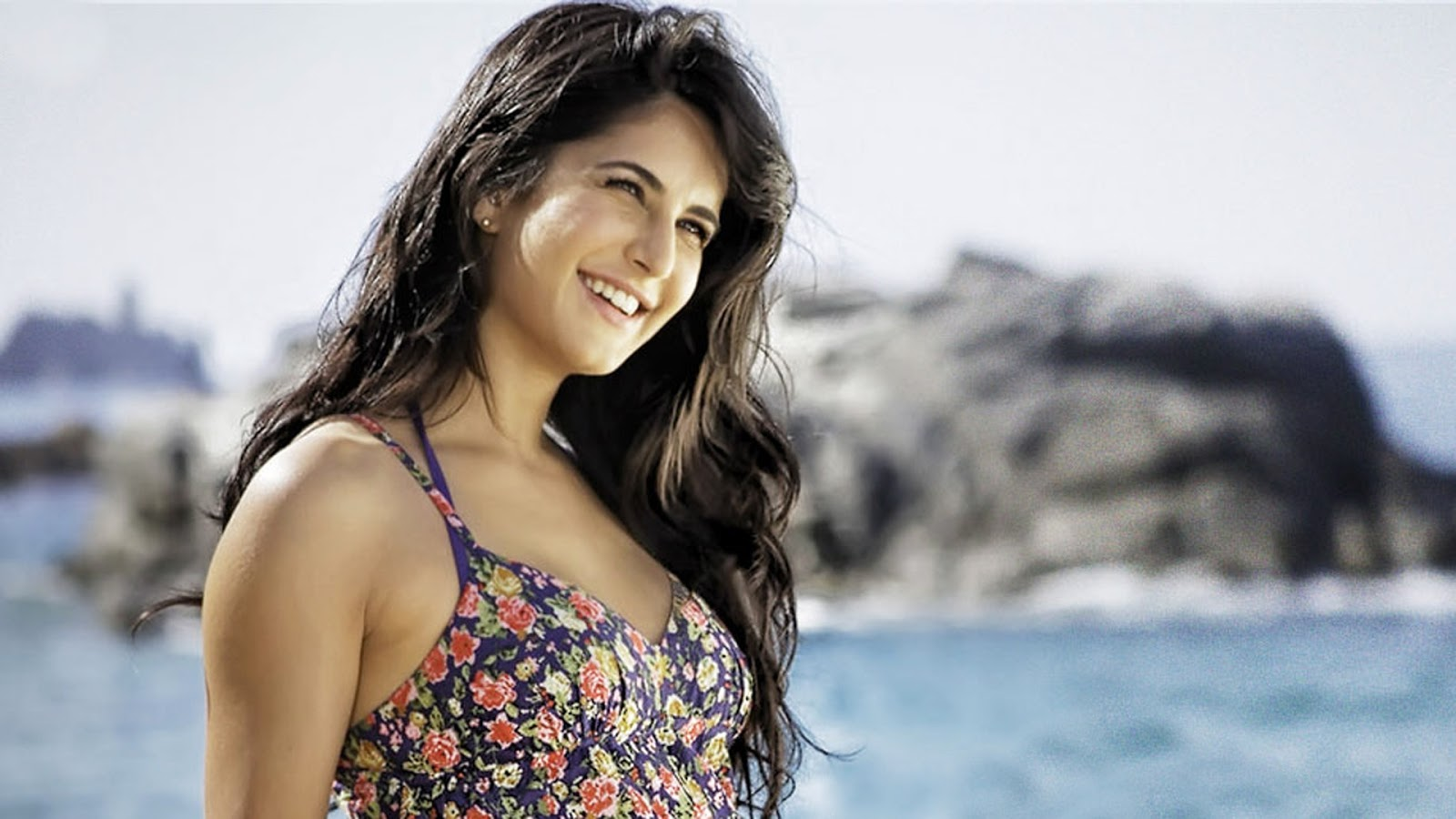 Katrina Kaif Naked Wallpaper