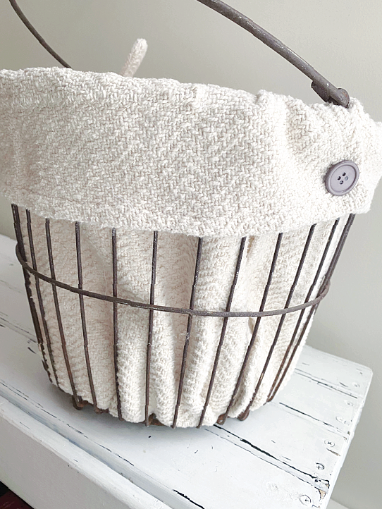 clam basket with liner