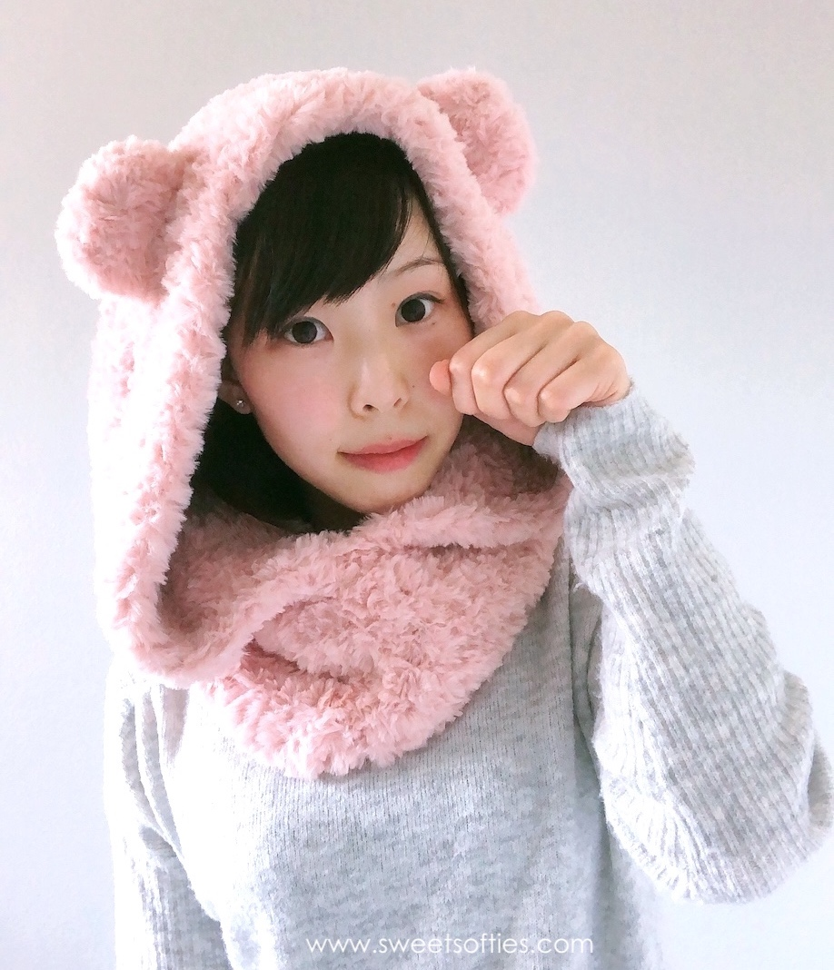 Sarah the Winter Doll amigurumi pattern - Amigurumipatterns.net | 1068x918