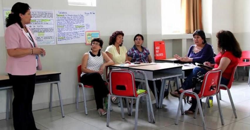 MINEDU capacitará a 1,345 docentes que serán evaluados antes de rendir la evaluación de permanencia en la Carrera Pública - www.minedu.gob.pe