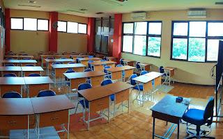 Fasilitas Ruang Kelas PWK UNS