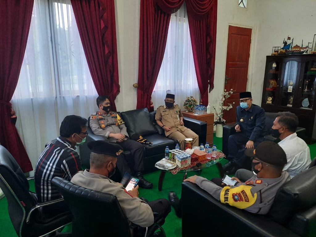 Silaturahmi ke Pjs. Bupati Lingga, Kapolres : Polres Lingga Siap Mendukung Program pemerintah dan Mengamankan Tahapan Pilkada 2020