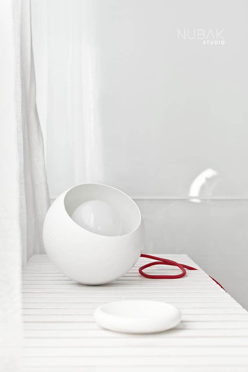 NEW MINIMAL & MODERN LAMP BY CARPINTERIA EXPANDIDA / Nueva lámpara moderna y minimal para el dormitorio
