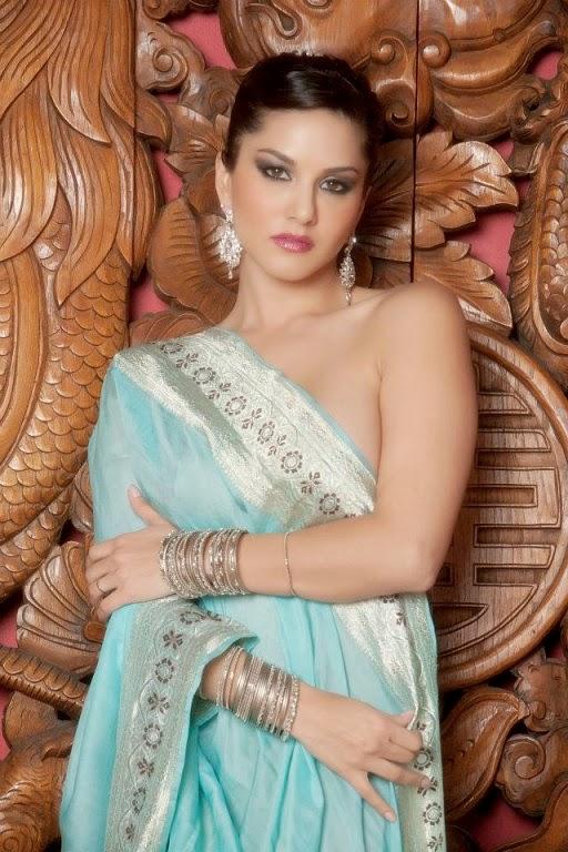 Dyanmic Wallpapers: Sunny Leone xxx wallpaper in Sari