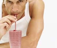 ¿Ayudan los batidos de proteína a perder peso?