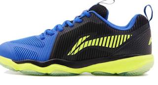 Tips Memilih Sepatu Badminton Terbaik