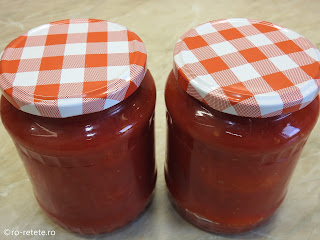 Comserva de rosii reteta conserve naturale de casa pentru iarna cu roșii intregi la borcan fierte in sos tomat bulion retete,
