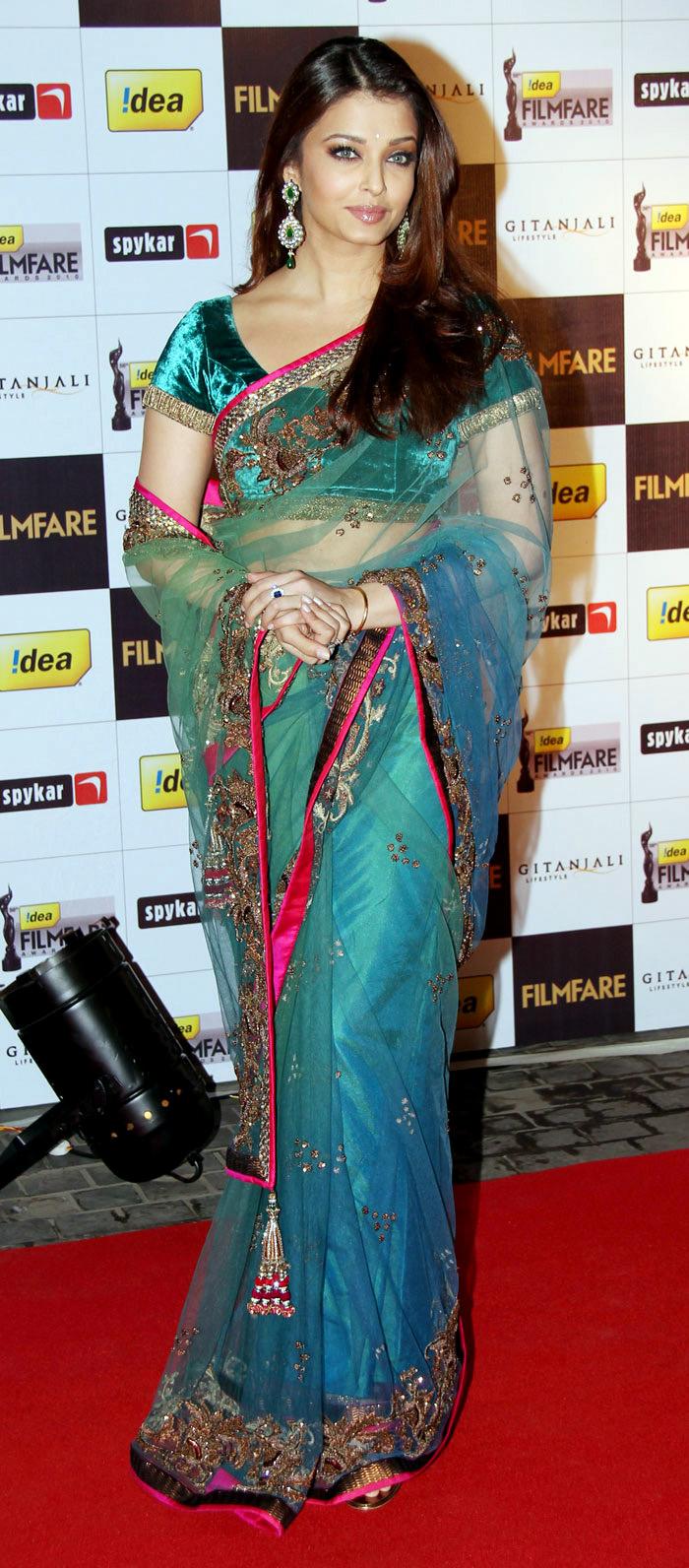 stylish gorgeous splendid Aishwarya rai various images collection