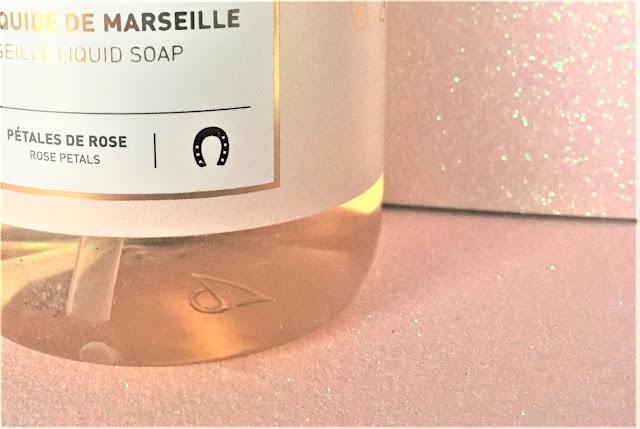 surgras Marseille liquide pétales rose