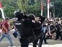 LBH Keadilan Kecam Polisi 'Smackdown' Mahasiswa Tangerang