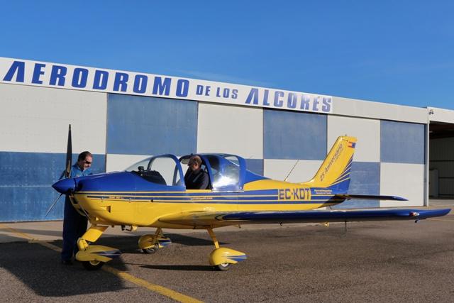 Nuestra avioneta en la escuela de vuelo Aerohispalis