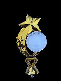 Figure pusat piala bintang