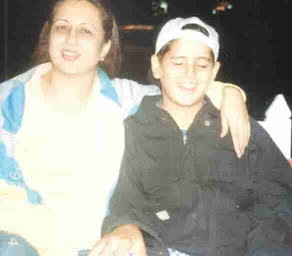 Sidharth Malhotra With Her Mother