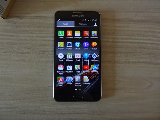 TouchWiz lag on powerful Samsung smartphones and phablets