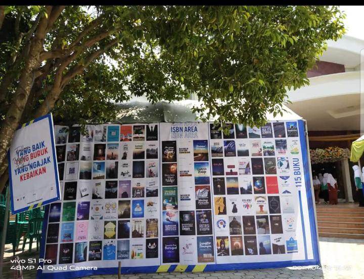 Syukuri Kelulusan, Santri Al-Amien Sumenep Terbitkan 309 Buku