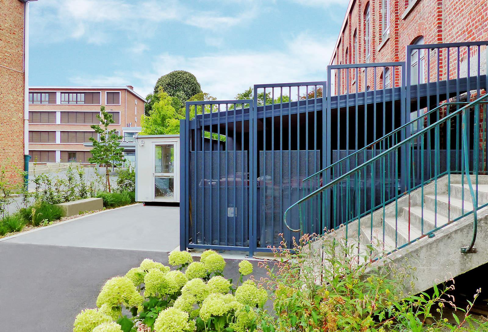 Lycée EIC LICP Tourcoing - Entrée annexe, côté rue de l'Alma.