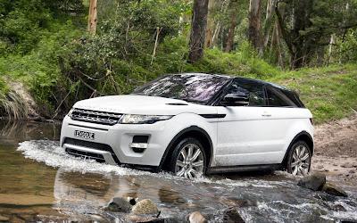 Range-Rover-Evoque-White-Car-800x1280