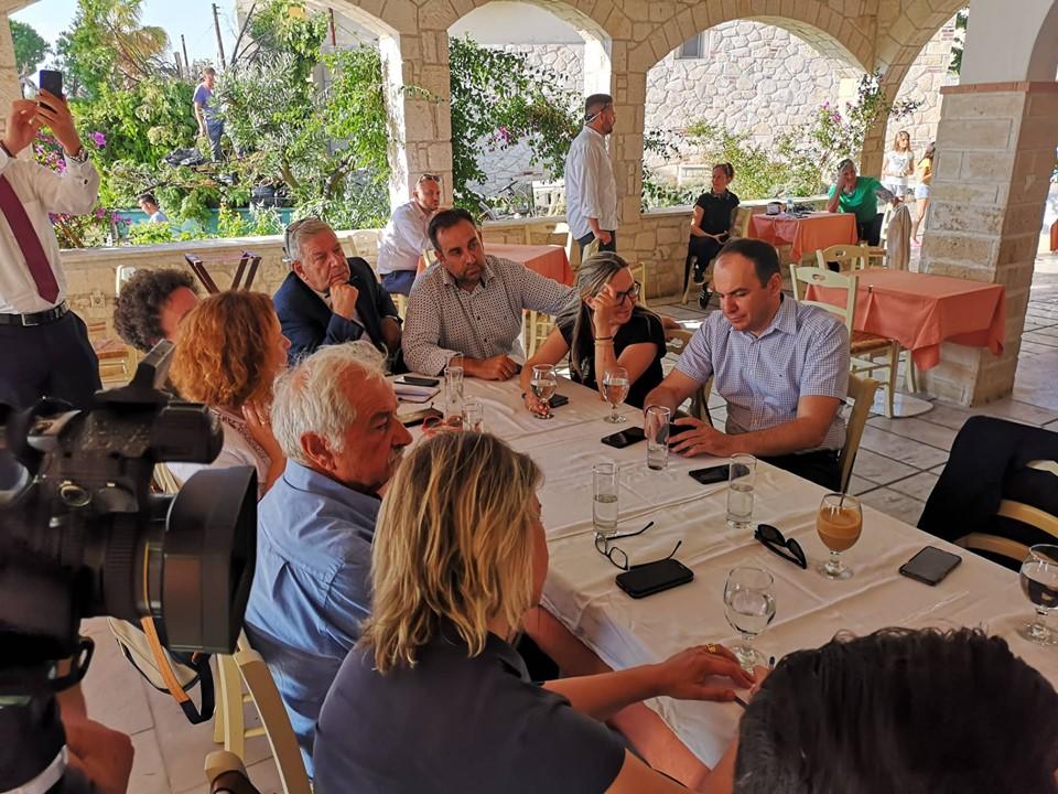 Σύσκεψη για τον τουρισμό μετά την θεομηνία που έπληξε την Χαλκιδική
