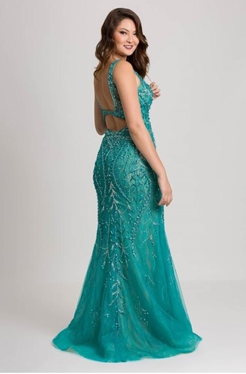 ce82c1d38 13- Apesar do título da postagem ser 12 vestidos para usar no baile de  formatura quis incluir um décimo terceiro assim que vi este vestido!