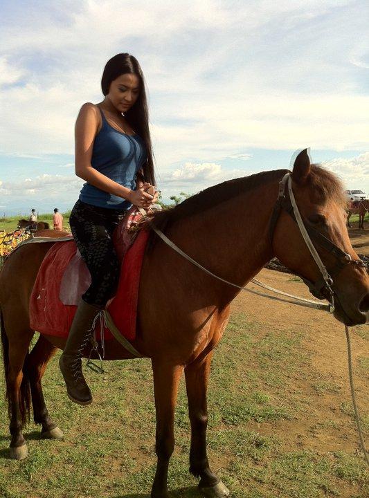 Pinoy Chikka: Mocha Uson