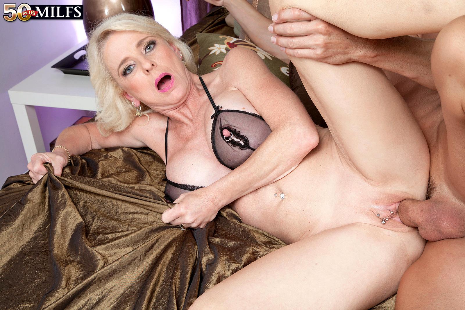 sex movie older woman