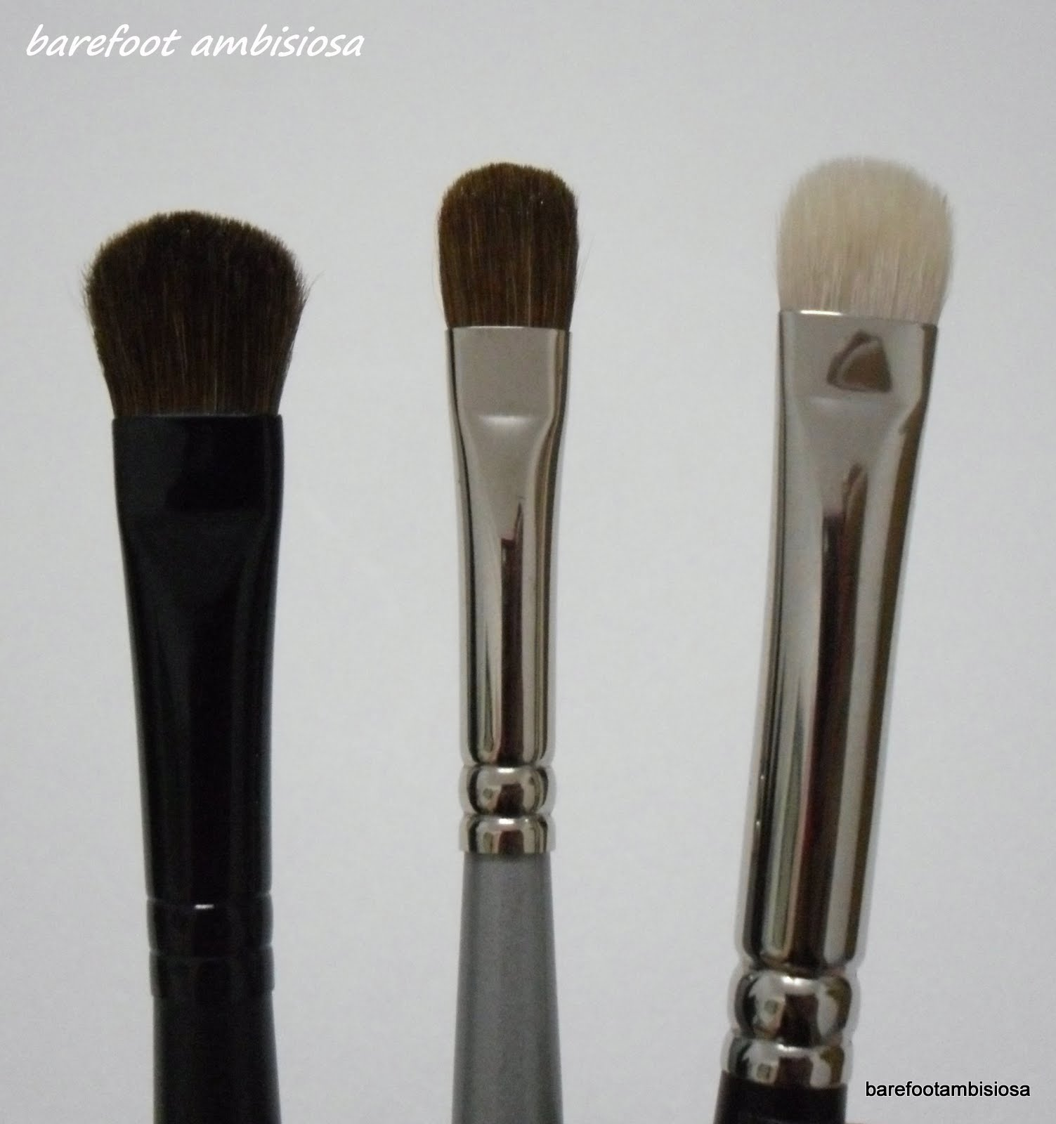 Small Eyeshadow Brush by black Up #4