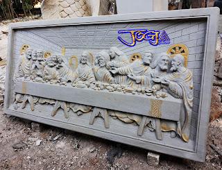 Relief Lukisan dinding, lukisan timbul dari batu alam gambar motif perjamuan terakhir / perjamuan kudus (yesus)