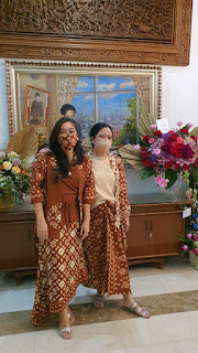 Lebaran Pertama, Ketua DPR RI Bersama Mantan Presiden Megawati Kompak Pakai Gambo Muba