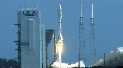 The US Air Force 'Space Plane' has set off on its Secret Mission / US Air Force X-37B secret mission