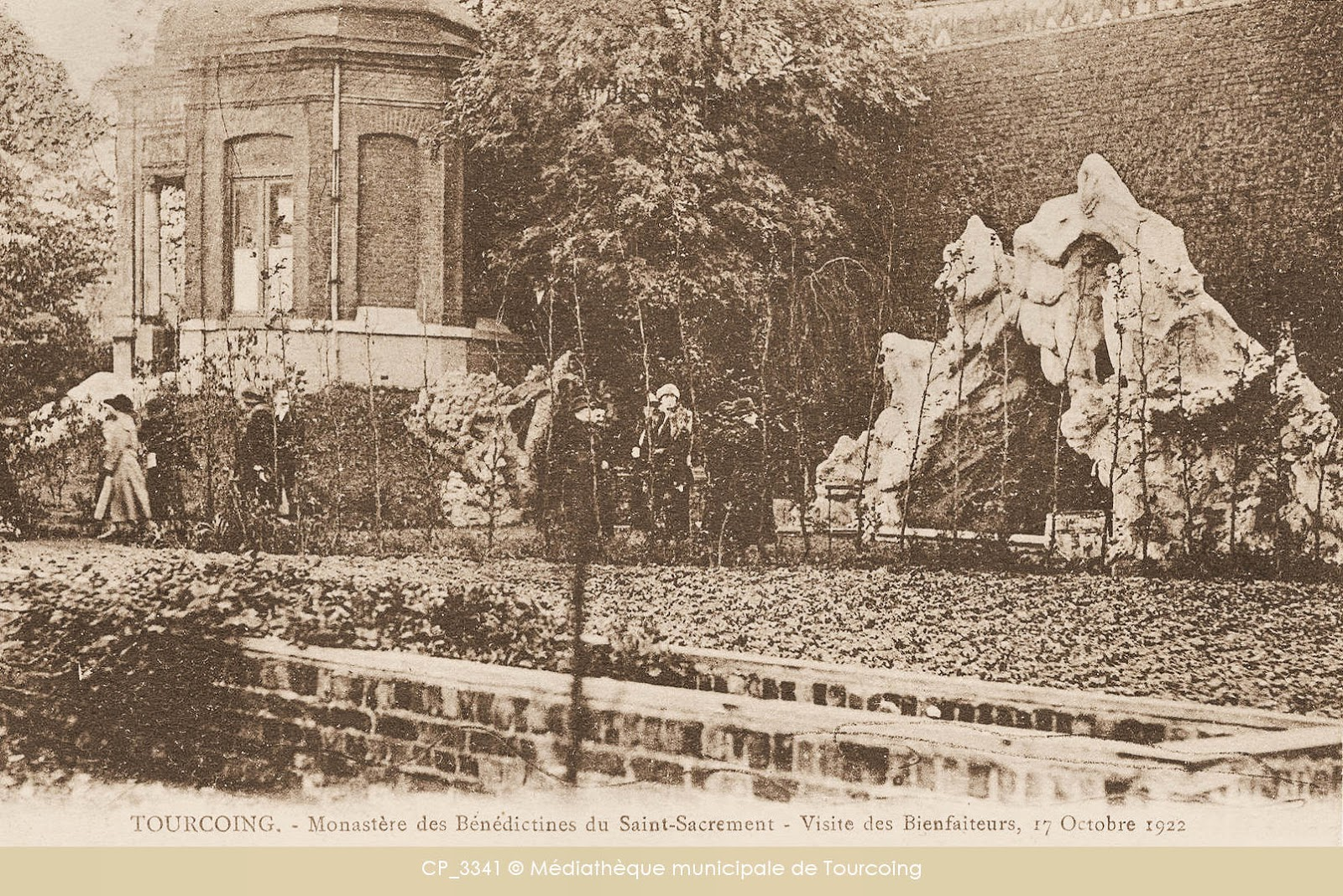 Monastère des Bénédictines de Tourcoing - Visiteurs en 1922.