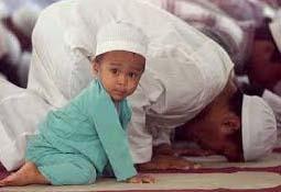 memberikan pendidikan agama untuk balita