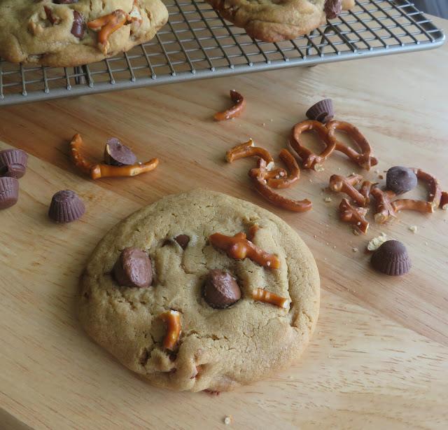 Peanut Butter Cup Pretzel Cookie (small batch)