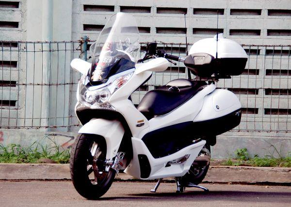 Desain modifikasi motur  Honda PCX news_by_hza17