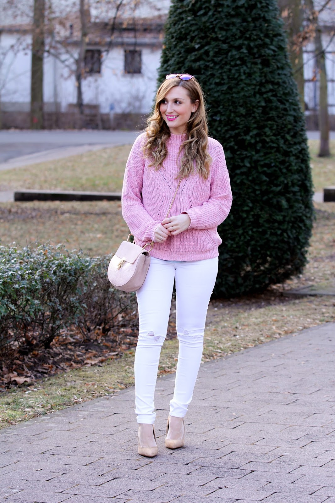 Schwarze-overknees-stuart-weitzman-Blogger-aus-Frankfurt-Outdoorblogger-Fashionstylebyjohanna-rosa-rock-