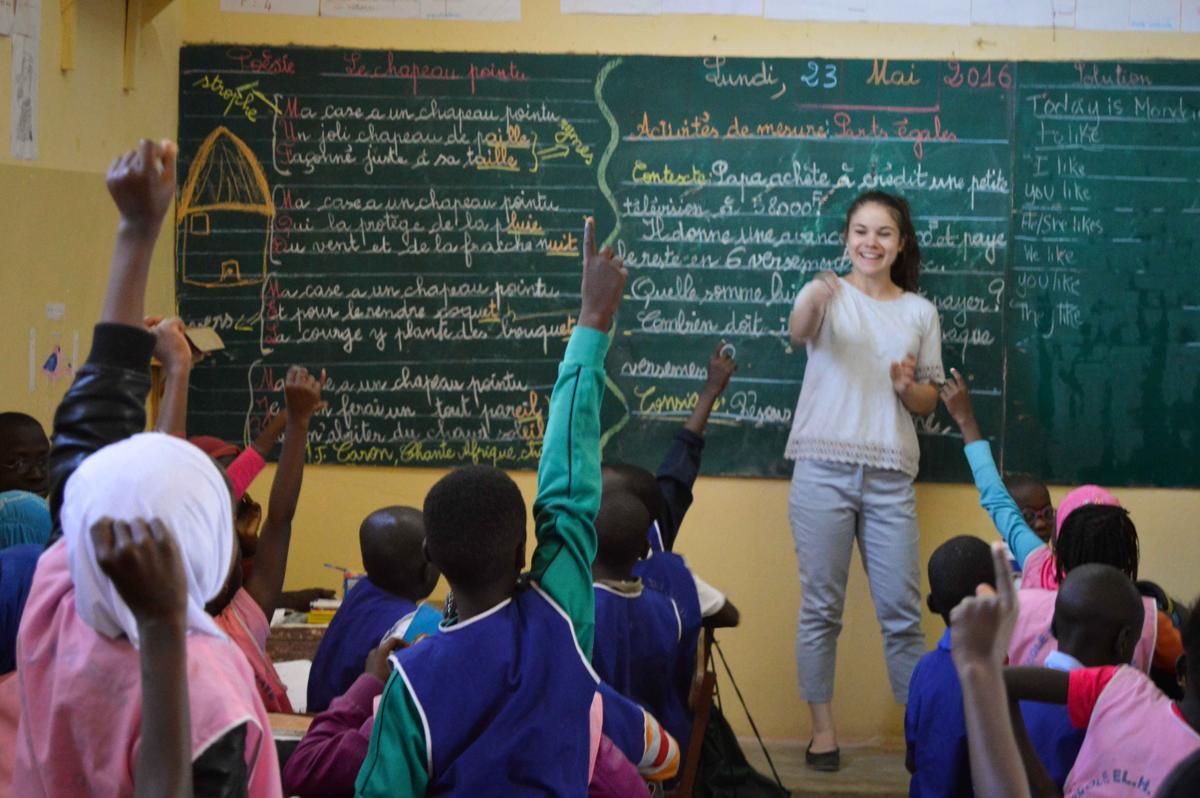https://photos.projects-abroad.co.uk/volunteer-projects/teaching/general-teaching-projects/senegal/teaching-senegal-1.1200.jpg