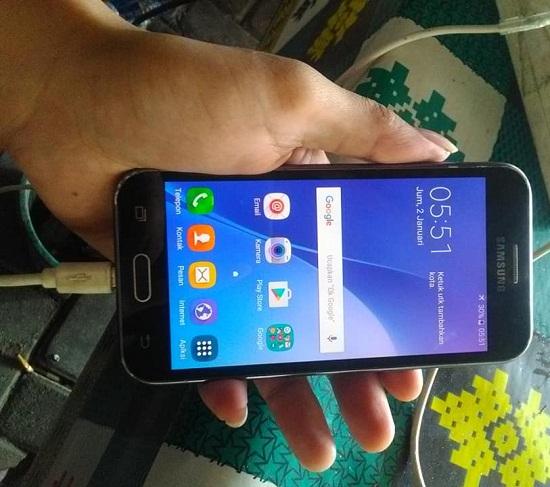 Melihat Harganya Untuk Mengetahui Keaslian Hp Samsung