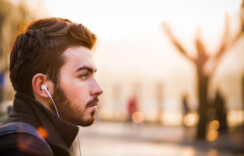 Menjaga Telinga dari Hal Yang Buruk