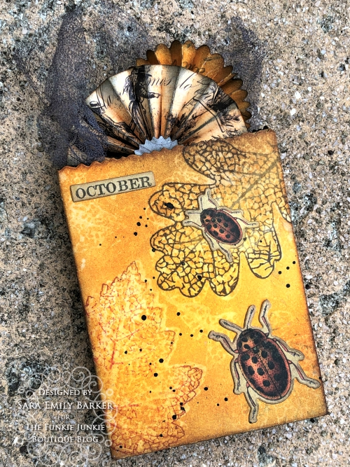 Sara Emily Barker https://sarascloset1.blogspot.com/2019/10/fall-cards-and-treat-bag-featuring-tim.html Fall Cards/Treat Bag Pressed Foliage 4