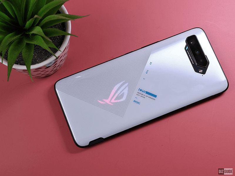 ASUS ROG Phone 5 Classic with Aero Active Cooler Gaming Review - Smartphone gaming redefined!