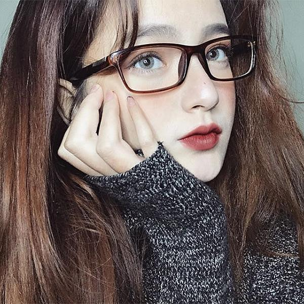 """Dàn hot girl Việt quá đẹp khiến CĐM tưởng nhầm """"con lai"""""""