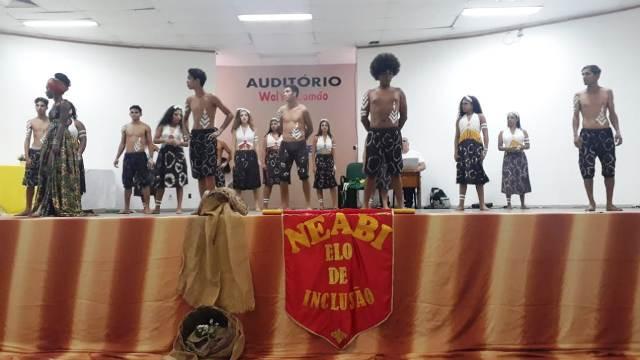 Estudantes de Iramaia participam da XV semana de educação da pertença Afro-Brasileira