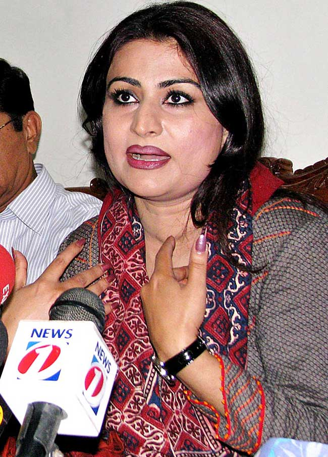 Sassui Palijo hot sexy Height, Weight, Age, Body Measurement, Wedding, Bra Size, Husband, DOB, instagram, facebook, twitter, wiki